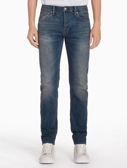 CALVIN KLEIN CKJ 026 MEN WASHED SLIM JEANS