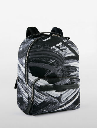 CALVIN KLEIN ENGINEERED NYLON GROUP MEDIUM BACKPACK