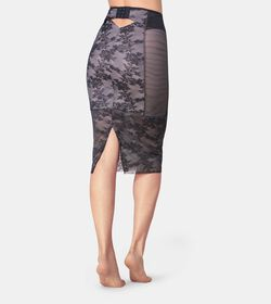ORNAMENTAL ESSENCE Shapewear Skirt