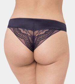 TRIUMPH ESSENCE LUXE Brazilian brief