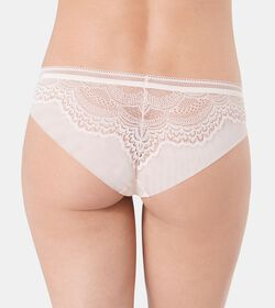 DARLING SPOTLIGHT Brazilian brief