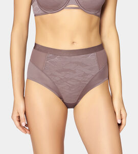 5a8c72720d7 Bodyshaping underwear from Triumph for your silhouette