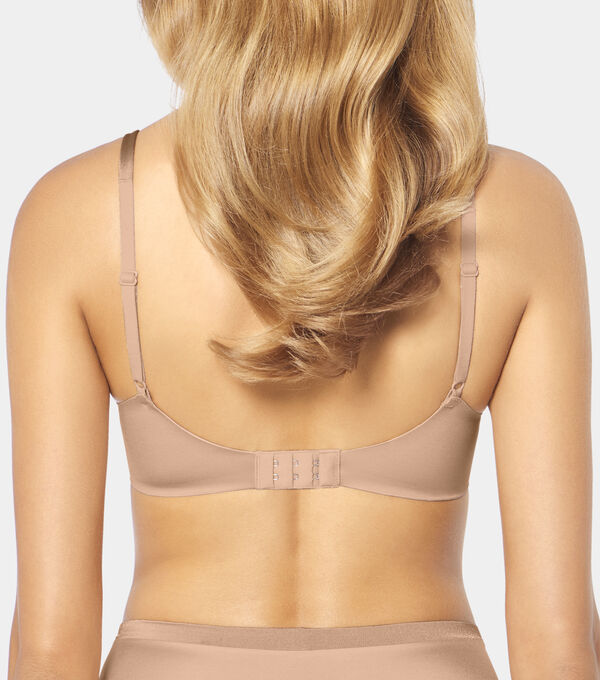Triumph - BODY MAKE-UP SOFT TOUCH - 2