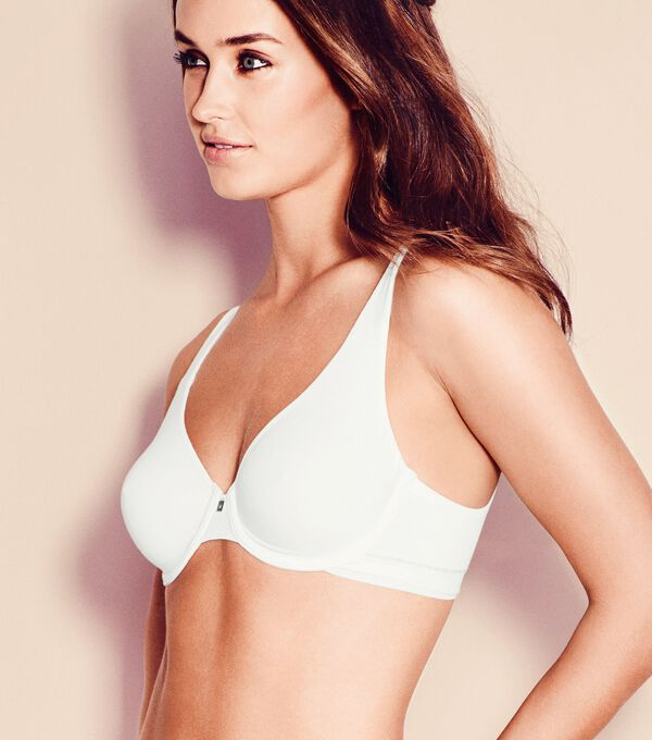 Triumph - BODY MAKE-UP COTTON TOUCH - 1