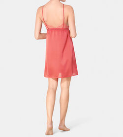 DREAM SPOTLIGHT Strappy Chemise