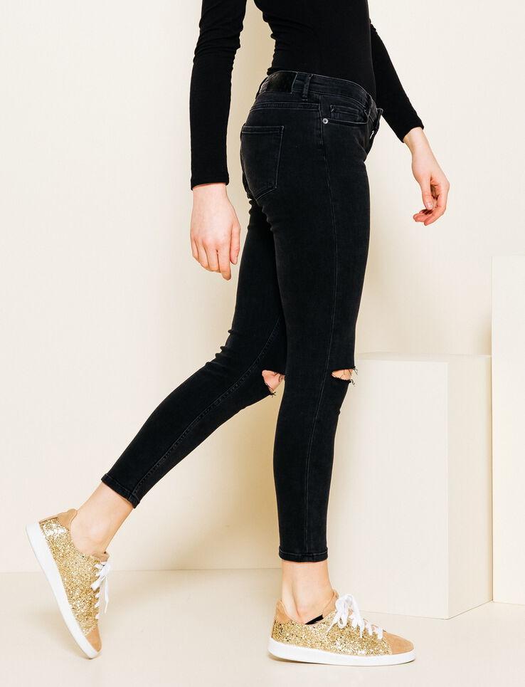 pantalon noir troue meilleures images d 39 inspiration pour votre design de maison. Black Bedroom Furniture Sets. Home Design Ideas