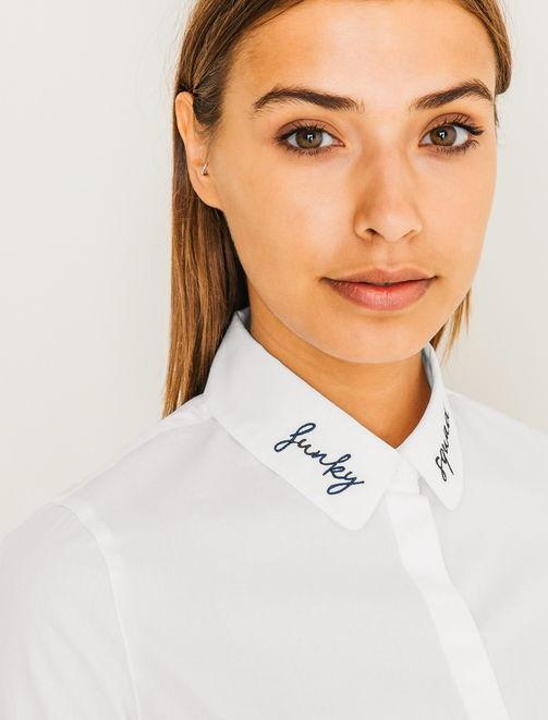 Chemise blanche brodée au col femme