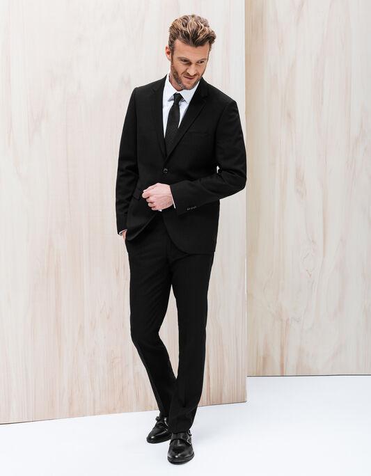 Costume noir coupe droite