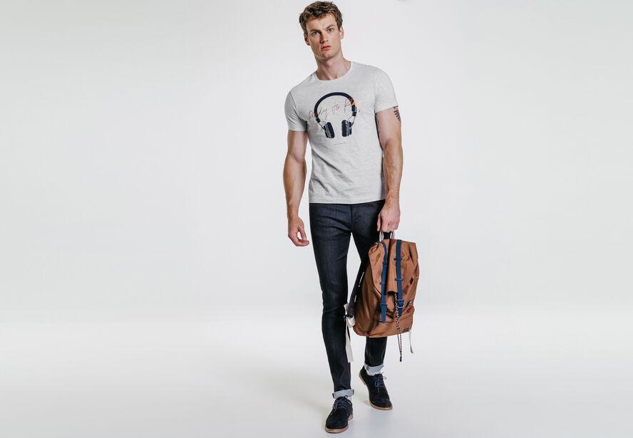 Tee-shirt col rond imprimé casque