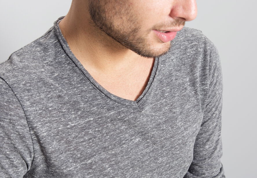 T-shirt col V effet brouillé