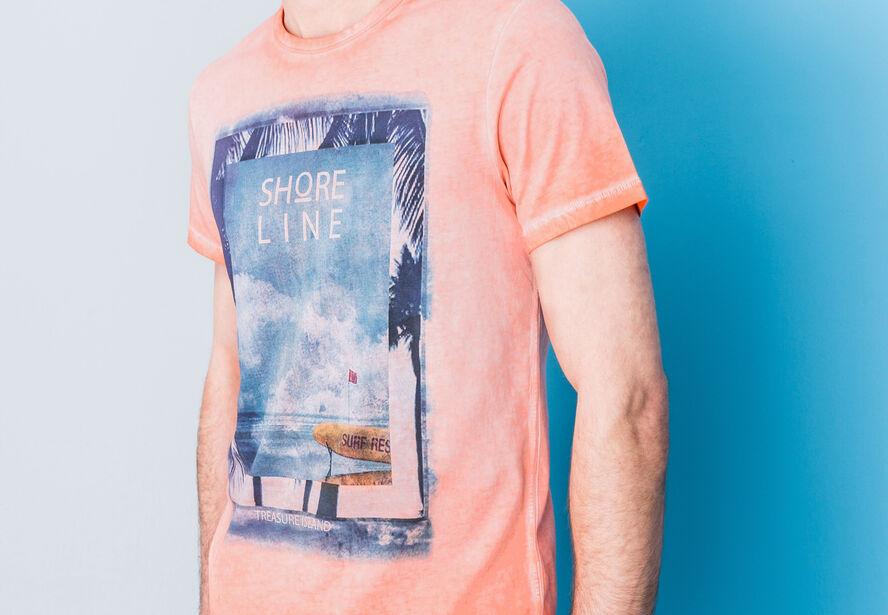 T-shirt col rond imprimé délavé