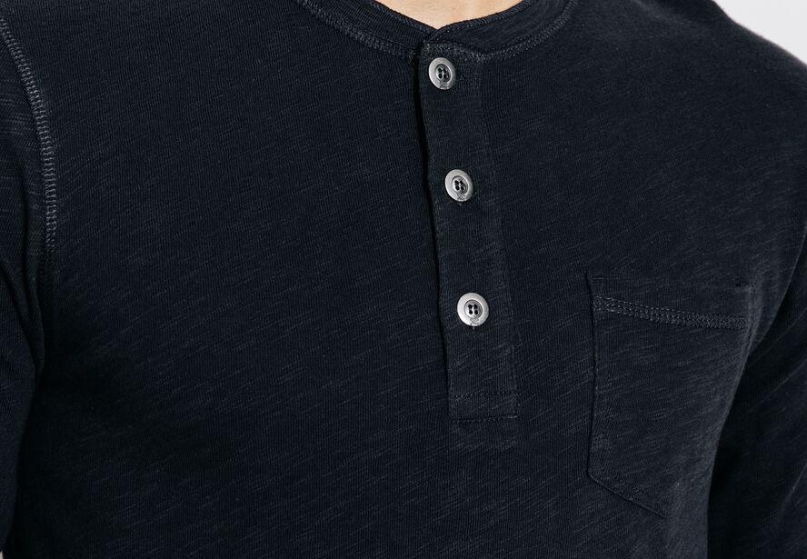 Tee shirt col boutonné