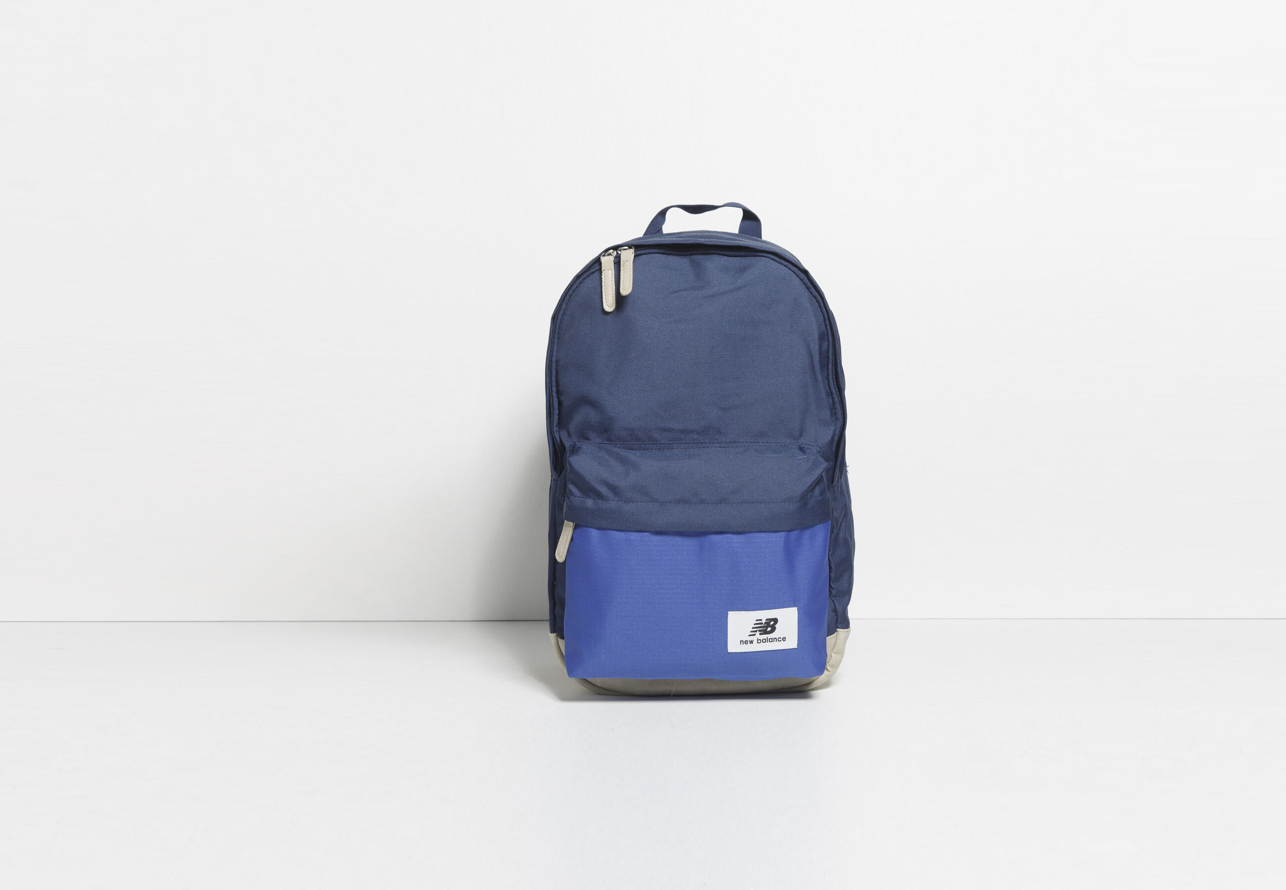 sac dos classique new balance bleu fantaisie homme jules. Black Bedroom Furniture Sets. Home Design Ideas