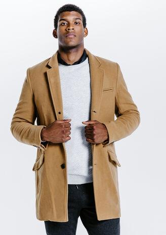 Lange mantel hoofdzakelijk in wol