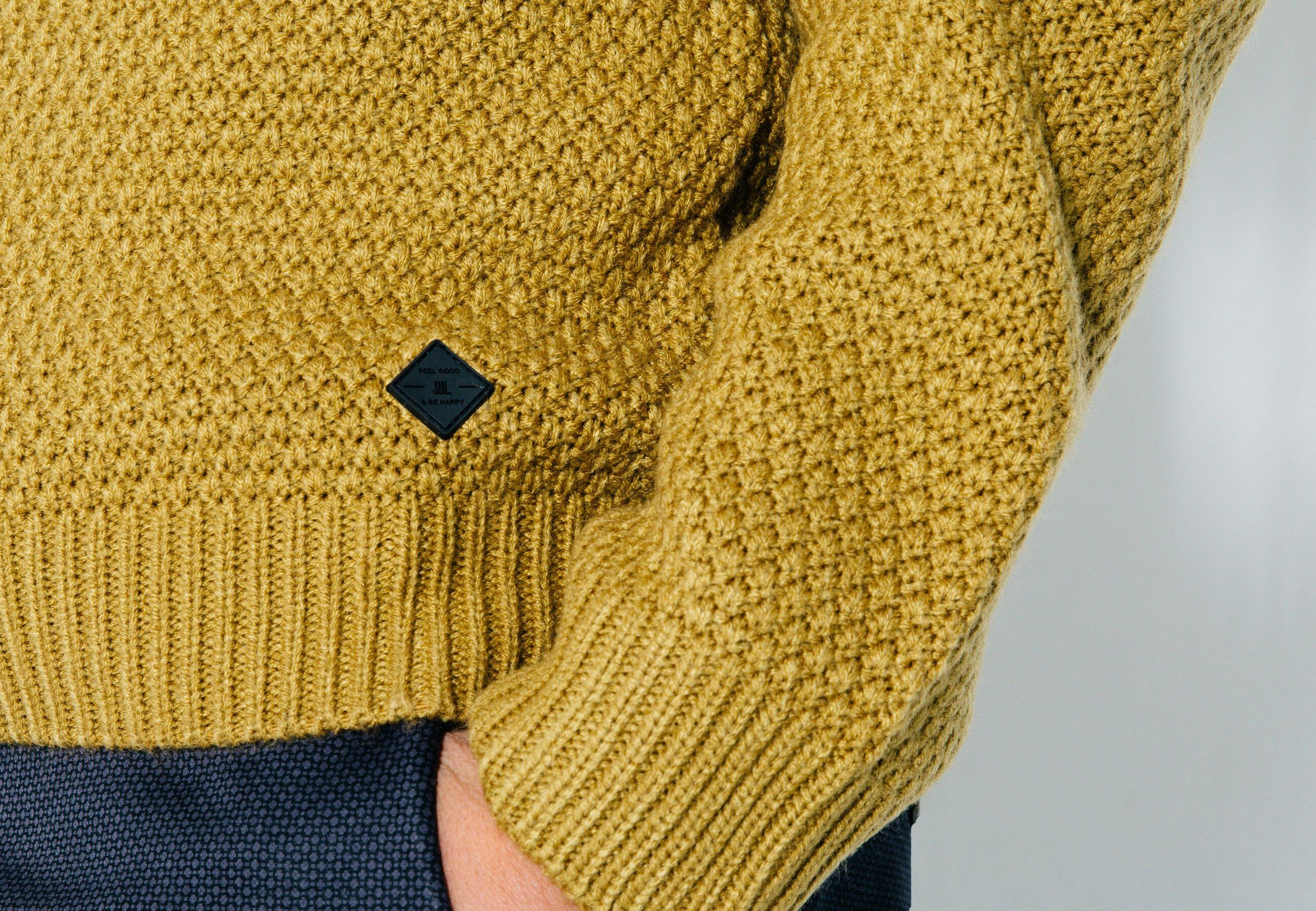 pull jeu de points jaune moutarde homme jules. Black Bedroom Furniture Sets. Home Design Ideas