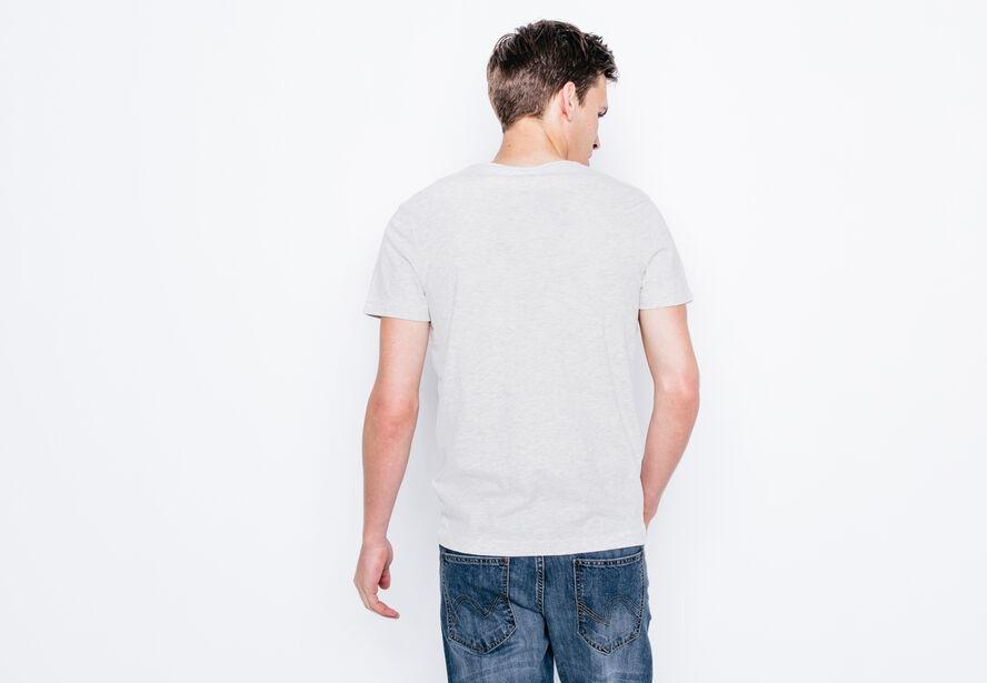 """T-shirt col V imprimé """"Black and white"""""""