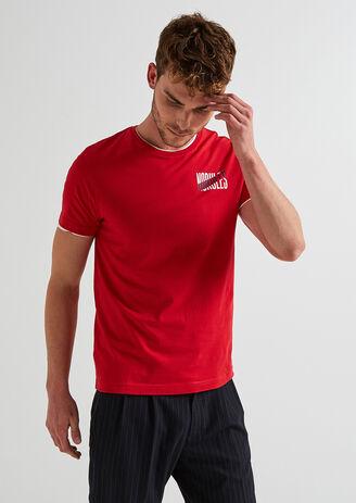 tee shirt message poitrine