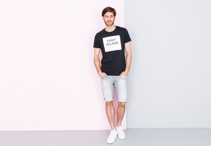 "T-shirt col rond imprimé ""Lost Island"""