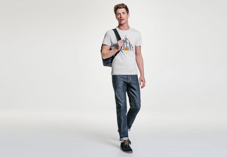 Tee-shirt col rond imprimé tipi