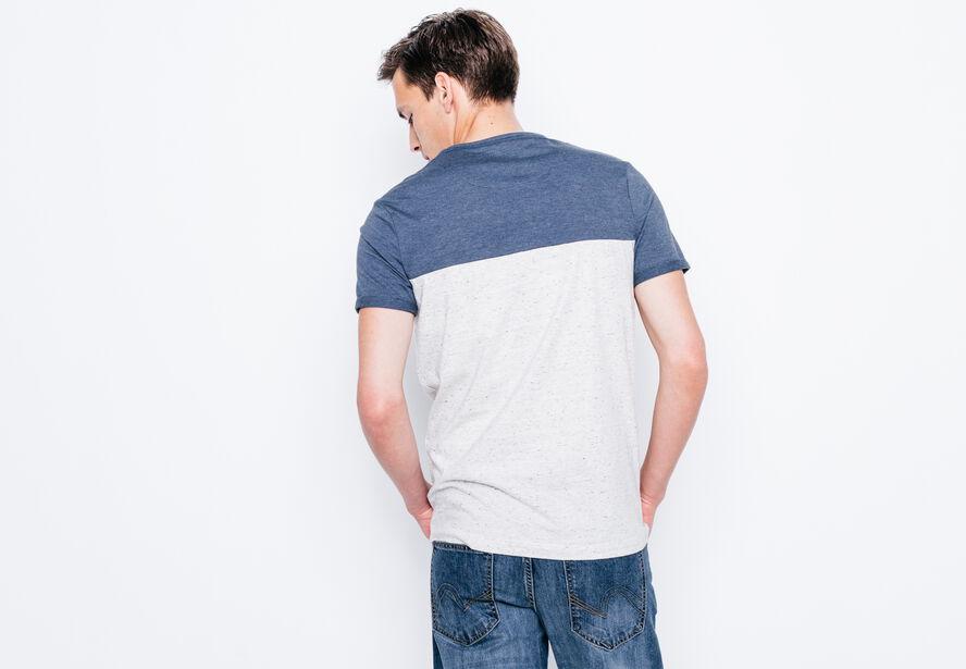 T-shirt col rond bicolore et poche