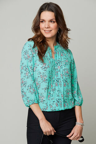 Ditsy Print 3/4 Sleeve Pleat Front Blouse