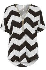 Stella Morgan Soft Touch Zig Zag Short Sleeve Sweater