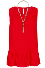 Pleated Sleeveless Top With Necklace