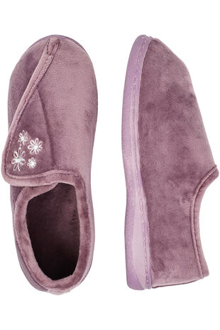 Plush Touch Fasten Slipper