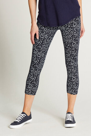 Textured Leaf Crop Legging