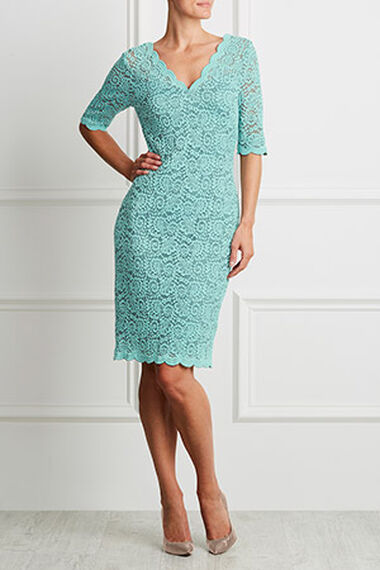 Fitted Scalloped Lace Dress