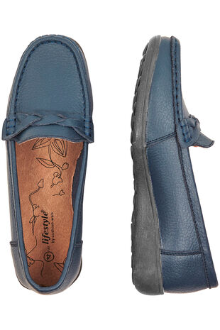 Plait Front Leather Loafer