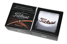 Titleist Pro V1 24 Ball Pack with Cap and Marker