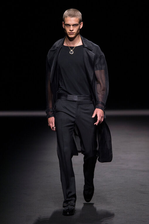 LOOK 45 Fashion Show Spring Summer