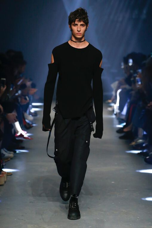 LOOK 2 Fashion Show Spring Summer
