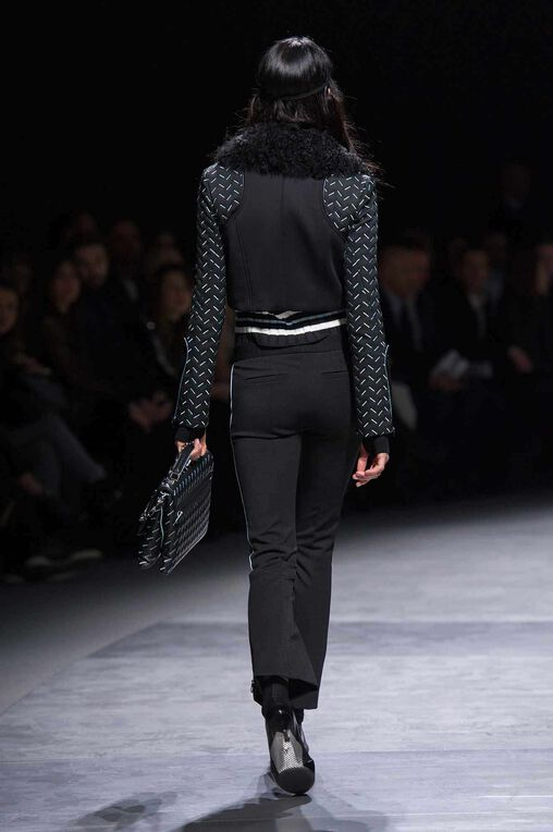 LOOK 34 Fashion Show Fall Winter