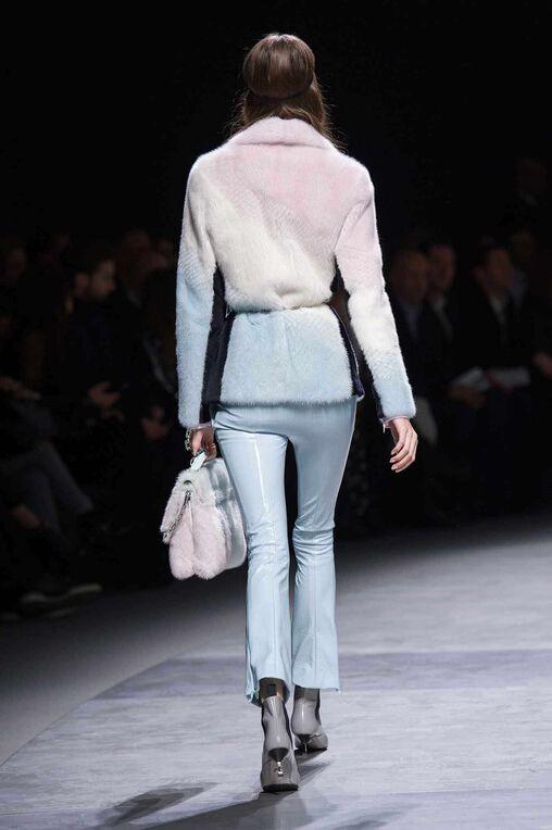 LOOK 45 Fashion Show Fall Winter