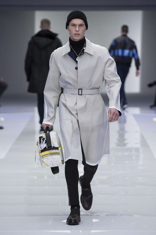 LOOK 35 Fashion Show Fall Winter