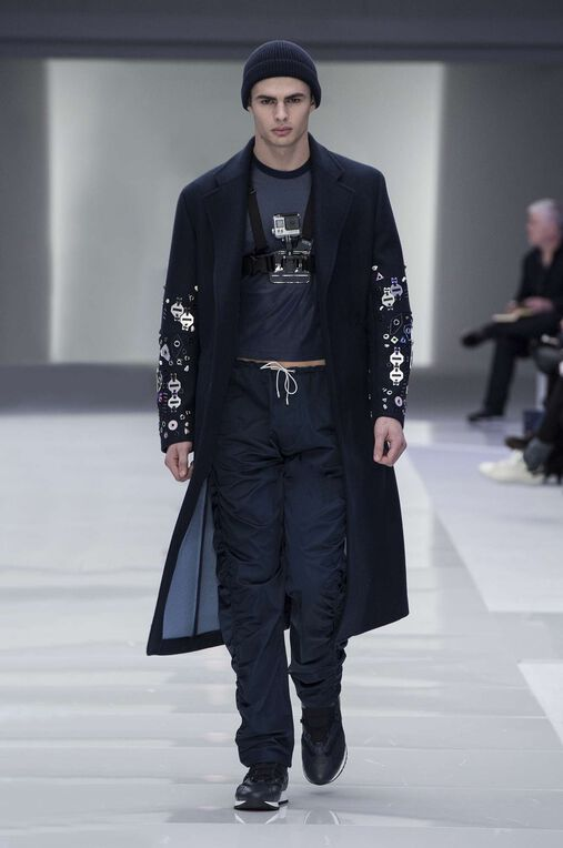LOOK 27 Fashion Show Fall Winter