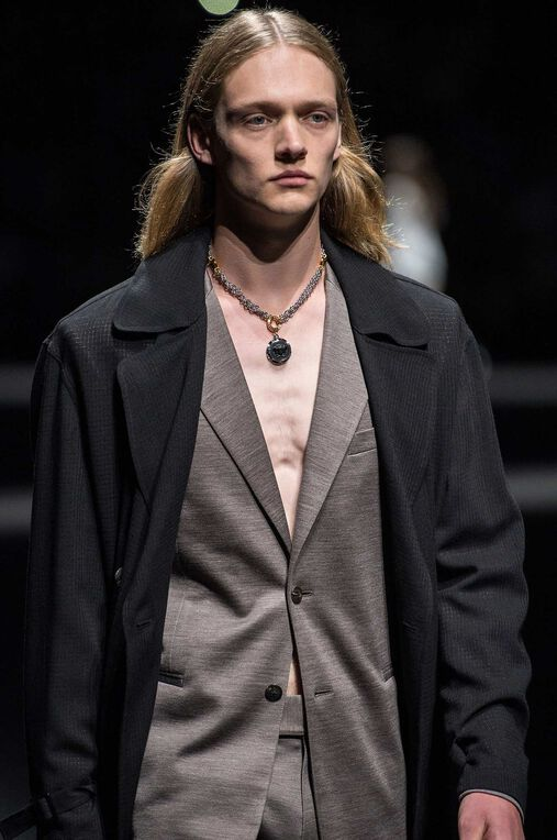 LOOK 35 Fashion Show Spring Summer
