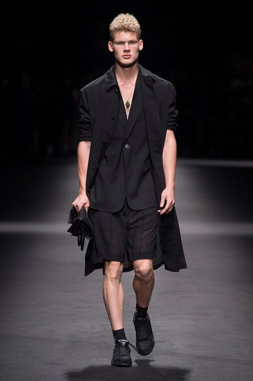 LOOK 37 Fashion Show Spring Summer