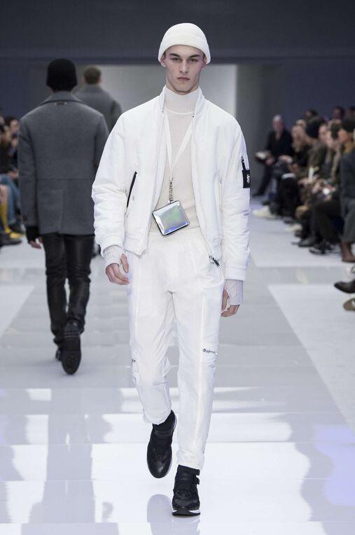 LOOK 12 Fashion Show Fall Winter