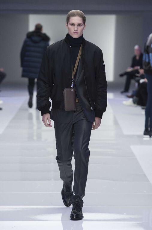 LOOK 33 Fashion Show Fall Winter