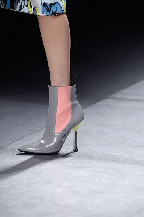 LOOK 41 Fashion Show Fall Winter