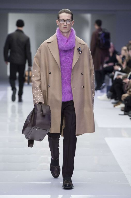 LOOK 50 Fashion Show Fall Winter