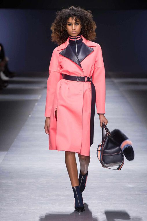 LOOK 18 Fashion Show Fall Winter