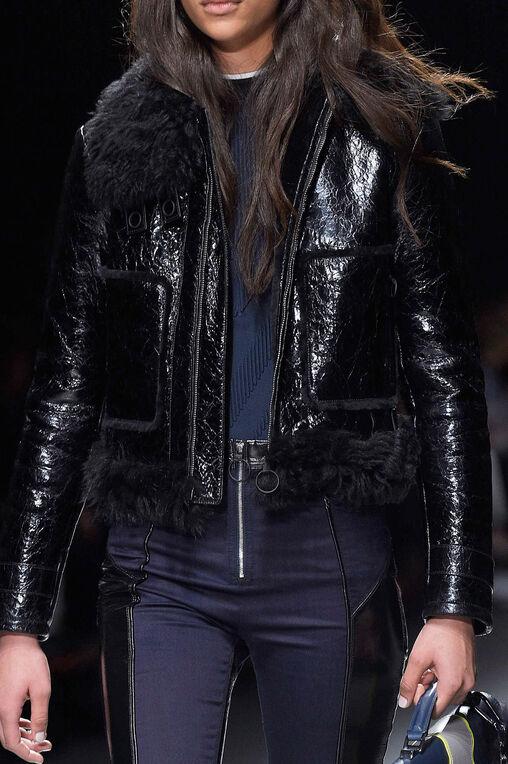 LOOK 32 Fashion Show Fall Winter