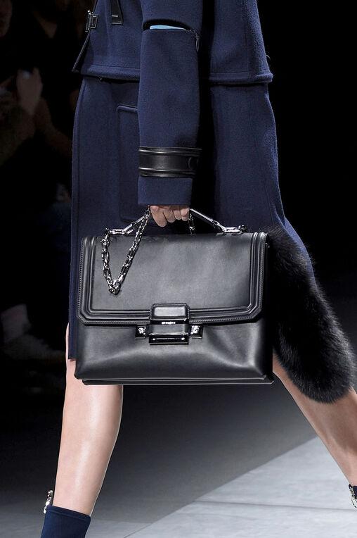 LOOK 1 Fashion Show Fall Winter