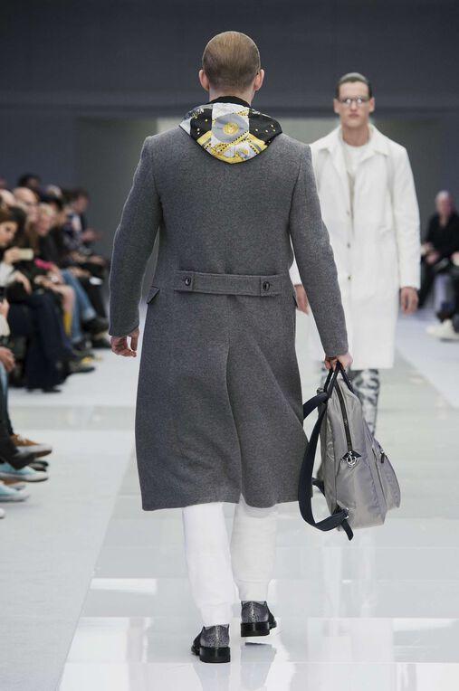 LOOK 6 Fashion Show Fall Winter