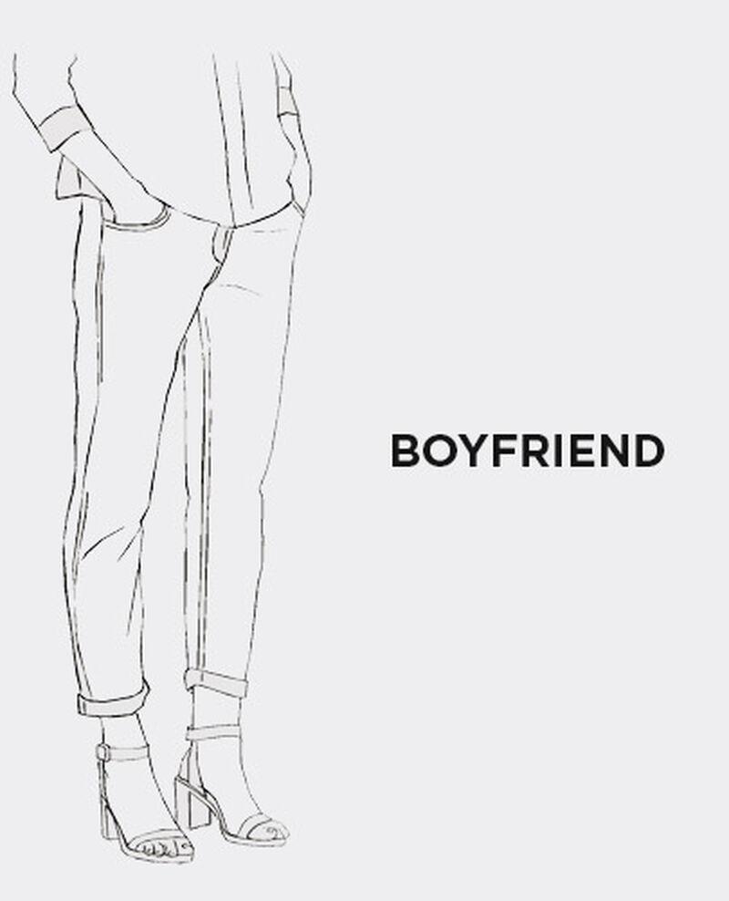 GLOBAL_SS17_tuile_jeans_boyfriend