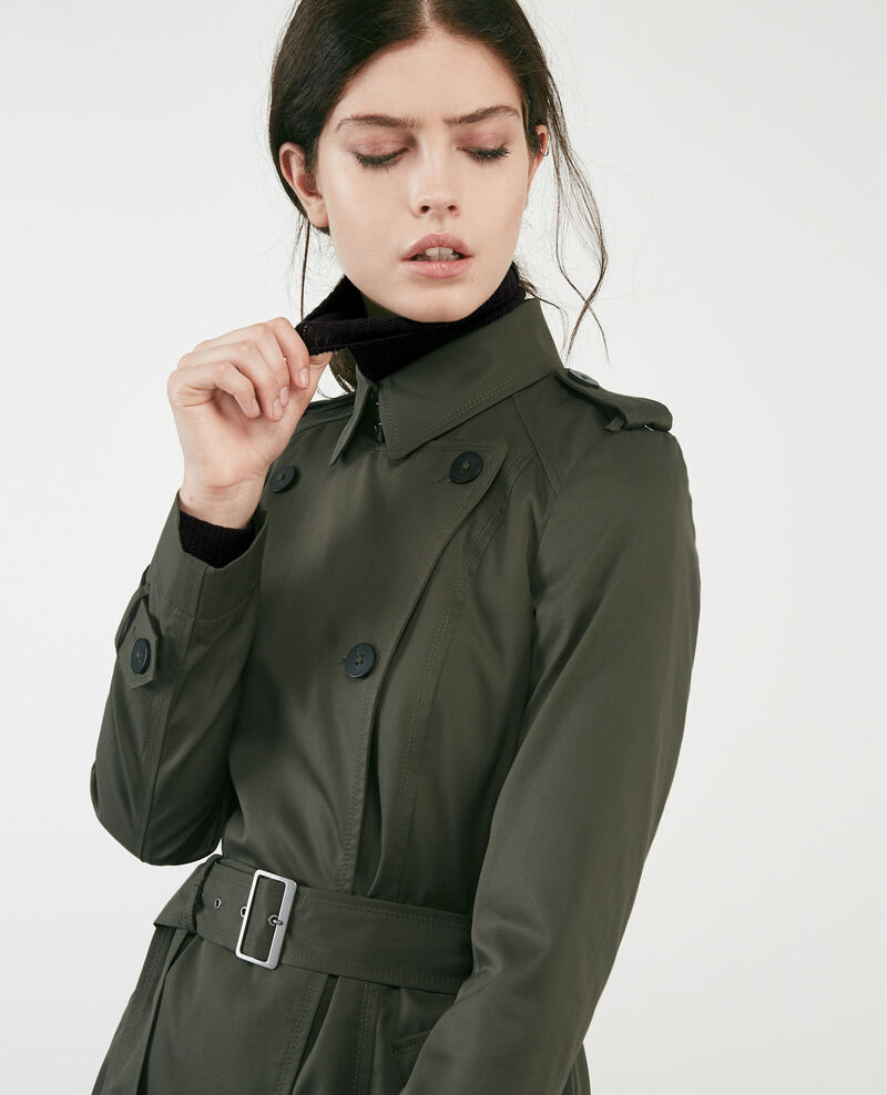 Iconic trenchcoat Black olive Cadeau